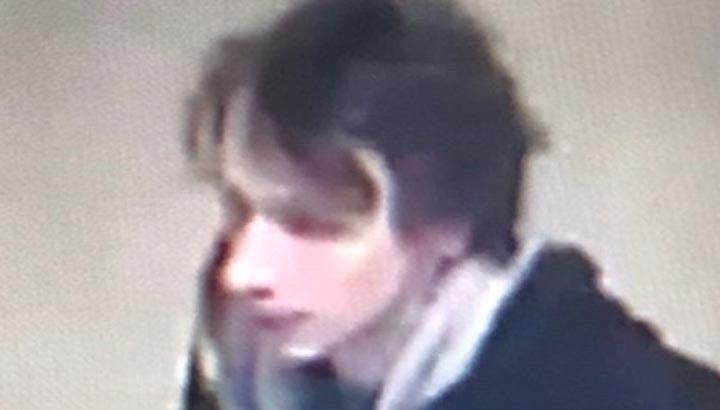 Politie zoekt 27-jarige Thijs Hermans in verband met drie moorden in Heerlen en Den Haag [+foto's]