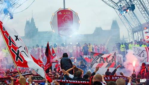 Amsterdamse driehoek wil huldiging Ajax 's middags vanwege mogelijk te grote bezoekersaantallen