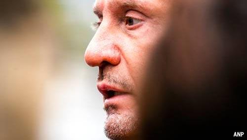 Klaas Otto ontslaat advocaat tijdens zitting