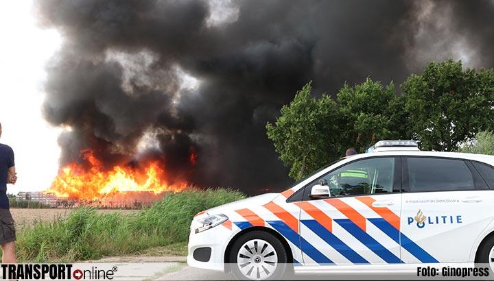 Grote brand bij fruitbedrijf in Marknesse [+foto]