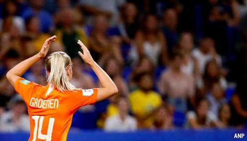 Jackie Groenen schiet voetbalsters naar WK-finale