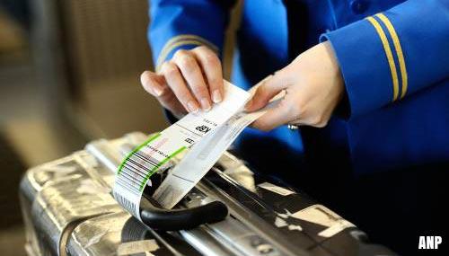 'Bijna 1500 handtekeningen voor meer loon KLM'