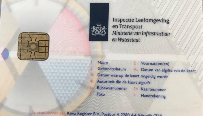 Transporteur rijdt met bestuurderskaart van iemand anders: 4.400 euro boete