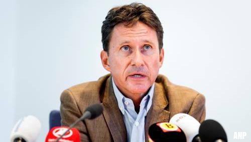 Hoofdofficier Charles van der Voort vertrekt bij OM