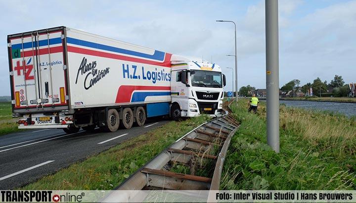 Vrachtwagen geschaard op N9 [+foto]