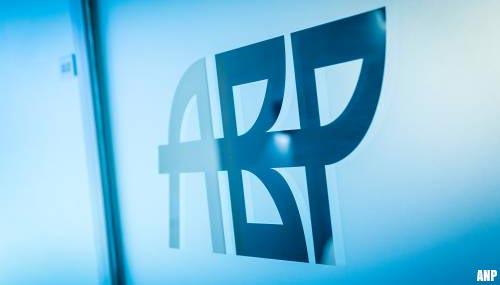 Dekkingsgraad pensioenfonds ABP zakt onder kritische grens