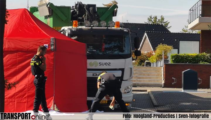 Voetganger omgekomen na aanrijding met vrachtwagen [+foto]