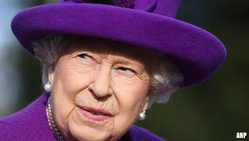 Koningin Elizabeth lijkt beslissing Harry voorbarig te vinden