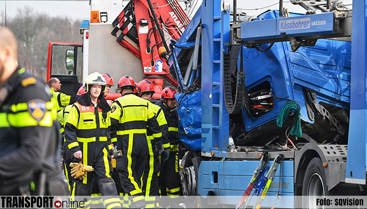 Ernstig ongeluk met twee vrachtwagens op A58 [+foto]