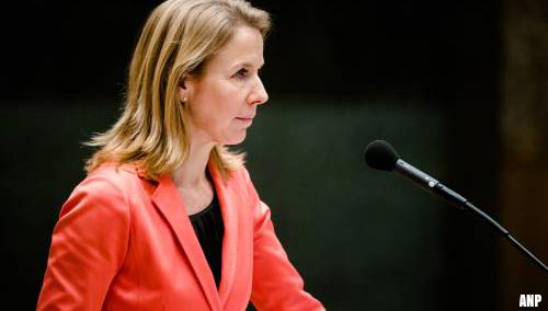 Minister biedt excuses aan voor PFAS-problemen