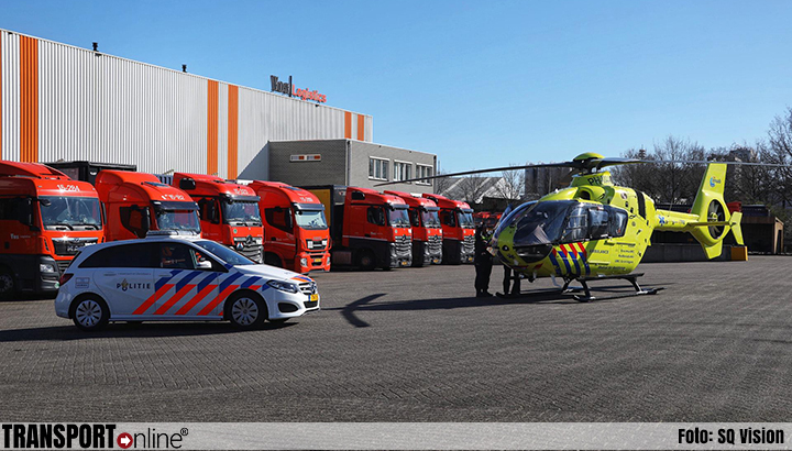 Traumaheli ingezet bij incident bij Vos Logistics [+foto's]