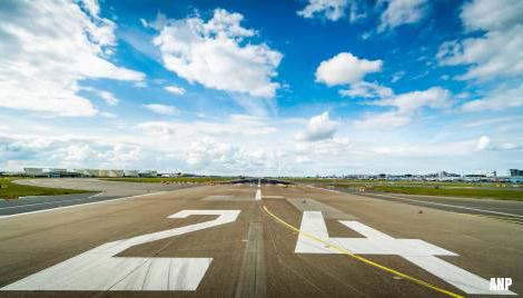 'Schort regels over start- en landingsrechten op vanwege corona'