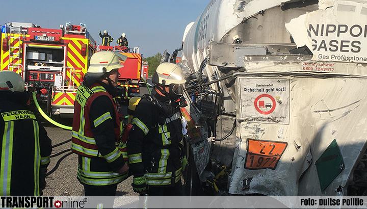 Stikstoflekkage na ongeval op Duitse A46 [+foto's]