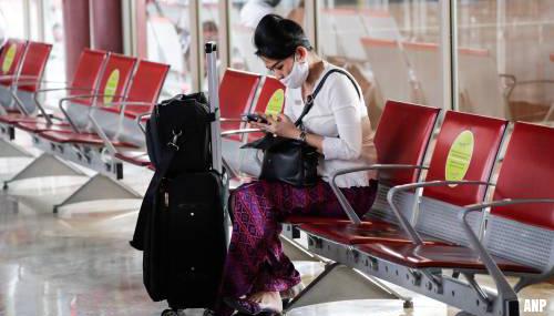Luchtvaartorganisatie IATA adviseert mondkapjes in vliegtuigen