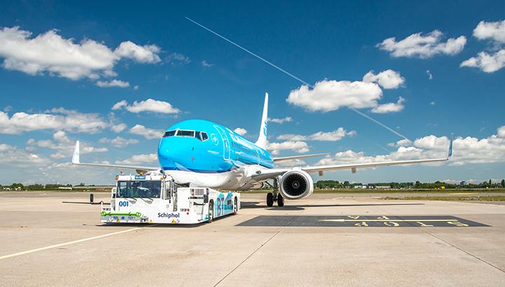KLM gestart met duurzaam taxiënde vliegtuigen