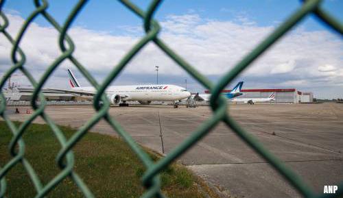 'Franse luchthaven Orly blijft tot najaar dicht'