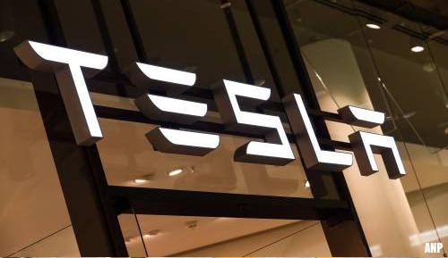 Tesla negeert verbod en hervat productie in Californische fabriek