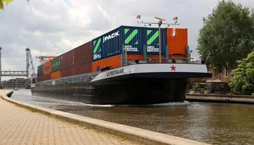 Eerste volledig elektrische binnenvaartschepen varen dit jaar door nieuw energiesysteem