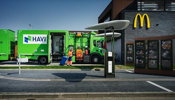 Vrachtwagens van HAVI rijden op frituurvet van McDonald's