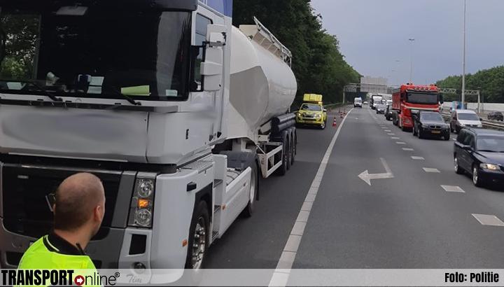 Vrachtwagenchauffeur zwaargewond na verkeersruzie op de A20 [+foto]