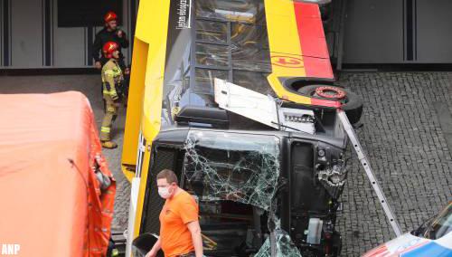 Dode en gewonden door busongeluk in Warschau [+foto's]