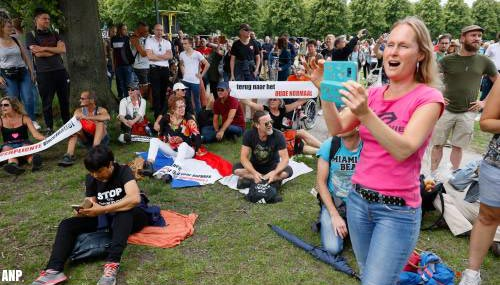 Haagse politie sluit winkelgebied af om betogers te weren