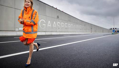 Minister opent eerste rijstroken Gaasperdammertunnel (A9)
