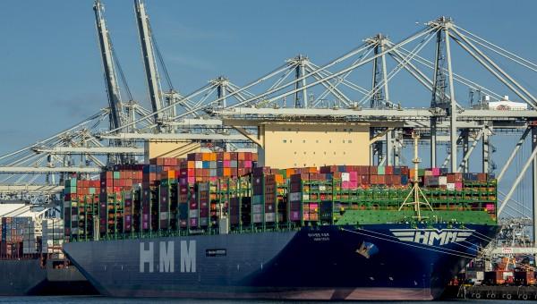 Maiden Trip voor vier van de grootste containerschepen ter wereld bij ECT Delta Terminal