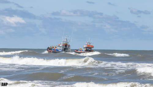 Reddingsdiensten staken zoektocht vermist meisje Ameland