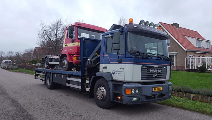 Vrachtwagen gestolen van Handelsonderneming Wicherink [+foto]