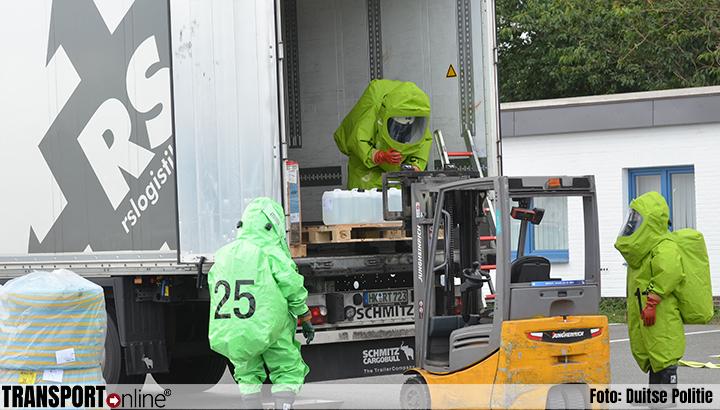 Vrachtwagen lekt zoutzuur [+foto's]