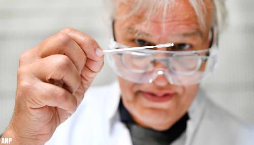 Deskundigen: Je laten testen moet sneller en beter