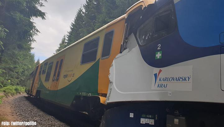 Doden en gewonden door treinbotsing Tsjechië