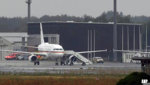 Vliegtuig met oppositieleider Navalni aangekomen in Berlijn