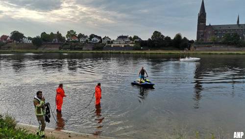 Vergeefse zoektocht naar drenkeling in Maas bij Kessel