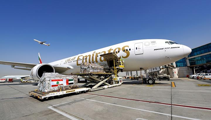 Emirates luchtbrug naar Beiroet maakt vervoer van 160.000 kilo aan essentiële goederen mogelijk