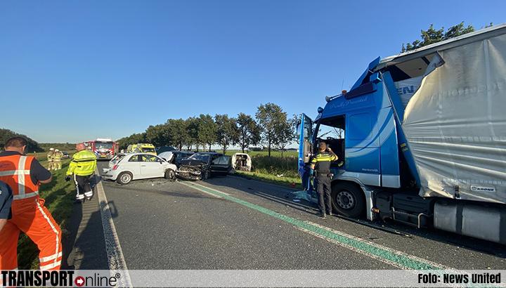Gewonden na aanrijding met meerdere voertuigen op N305 [+foto]