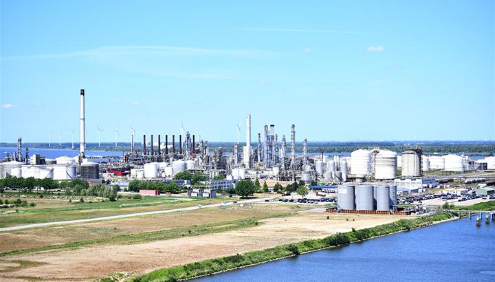 Shell Moerdijk bouwt aan toekomst met minder uitstoot