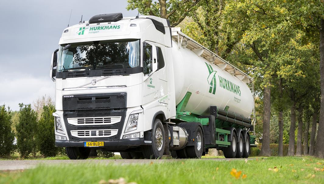 Hurkmans Transport zet in op mens en milieu met nieuwe Volvo FH LNG-trekker