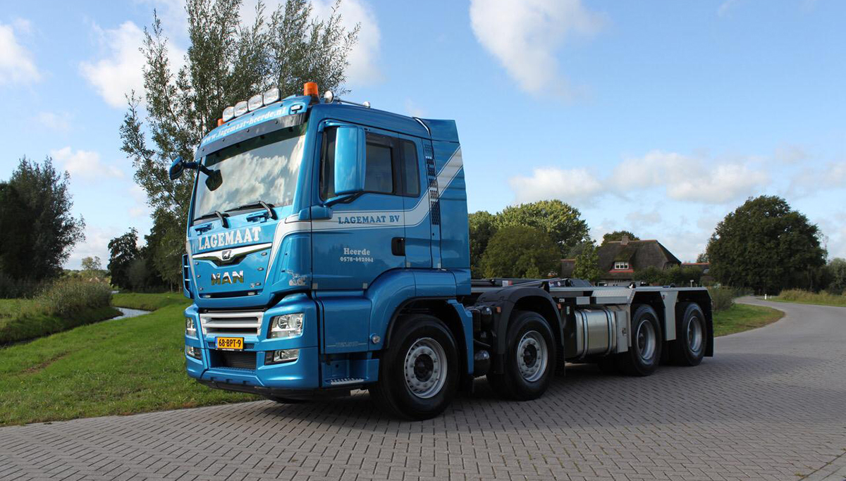 Lagemaat neemt twee MAN TGS containerauto's in gebruik