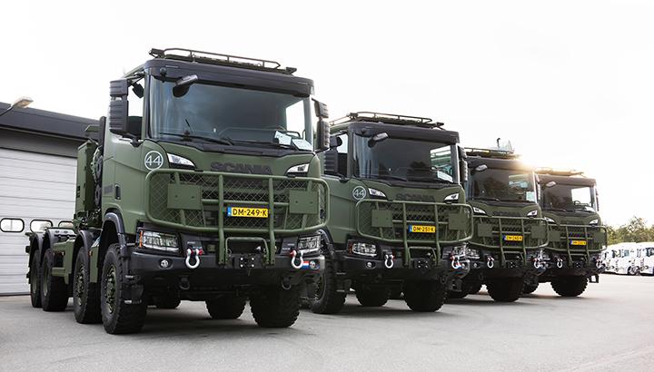 Scania levert eerste Scania Gryphus 8x8 af aan Defensie