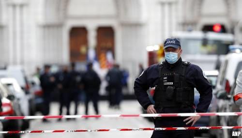 Reisadvies Frankrijk verder aangescherpt vanwege coronavirus en aanslagen