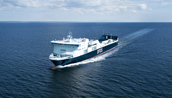 DFDS opent directe veerverbinding voor vrachtwagens tussen Frankrijk en Ierland