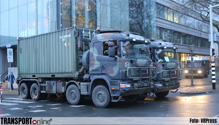 Opnieuw legertrucks ingezet in Den Haag om wegen te blokkeren tijdens boerenprotest