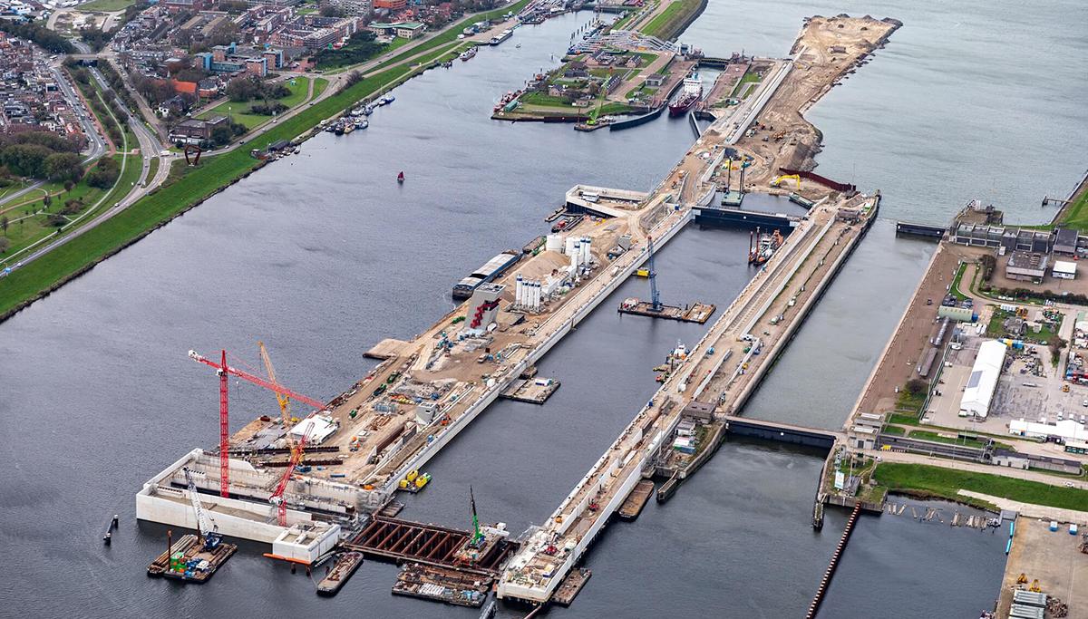 Grootste zeesluis ter wereld heet Zeesluis IJmuiden