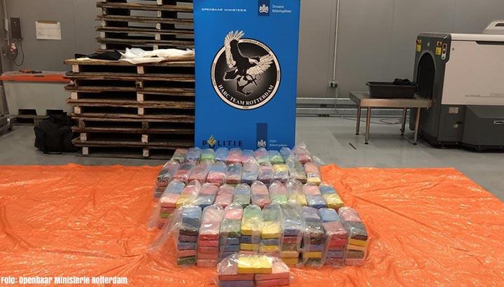 Douane vindt 421 kilo cocaïne tussen bananenpuree en medische hulpmiddelen