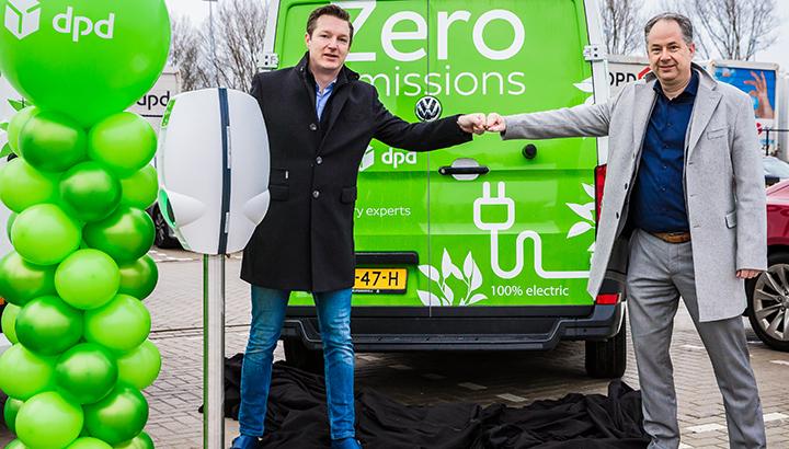DPD lanceert eerste elektrische bussen in Amsterdam en Haarlem