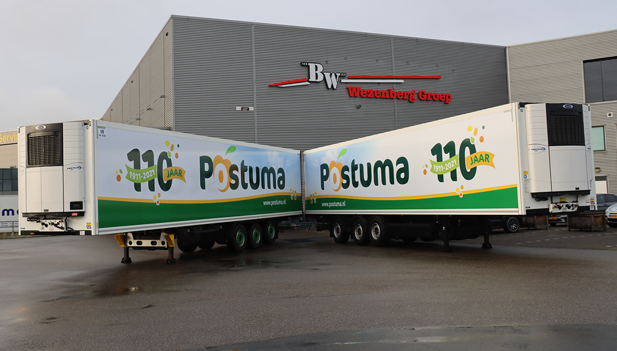 Twee Krone polyester koelopleggers voor 110-jarig Postuma AGF