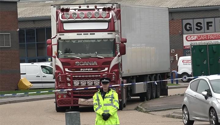 Lange celstraffen voor vier vrachtwagenchauffeurs vanwege rol in zaak dodentrailer Grays