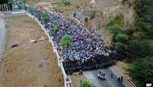 Guatemala stopt karavaan migranten uit Honduras